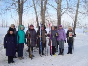 Участницы лыжных гонок